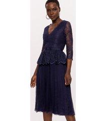 sukienka jedwabna z koronką