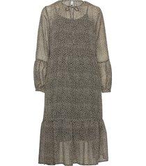 pzjackie dress knälång klänning brun pulz jeans