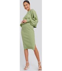na-kd rib knitted skirt - green