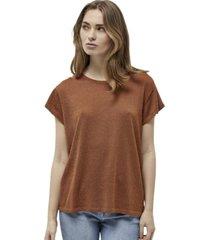 t-shirt carlina