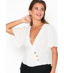 nly trend button wrap blouse vardagsblusar