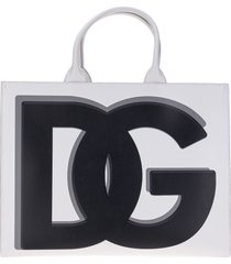 dolce & gabbana dolce & gabbana large calfskin dg daily shopper with dg logo print