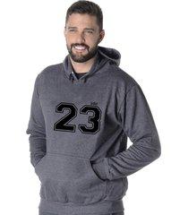 moletom blusão flanelado suffix fechado liso com capuz bolso canguru cinza escuro chumbo estampa 23