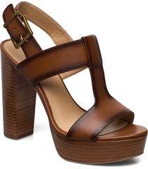 becker platform sandal med klack brun michael kors shoes