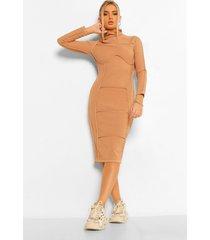 midi jurk met contrasterende stiksels en hoge hals, kameel