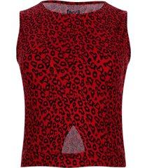 camiseta con abertura en frente color rojo, talla 12