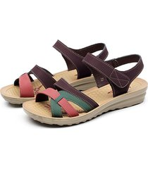 sandalias planas antideslizantes de fondo medio suave para la mujer