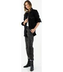 chaqueta oversized de mujer con pedrería, color negro