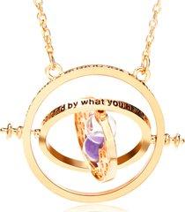 collana d'oro con clessidra rotante