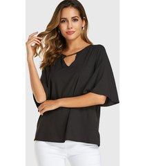yoins blusa negra con mangas de murciélago y escote en v