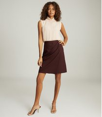 reiss freya - tailored pencil skirt in berry, womens, size 12