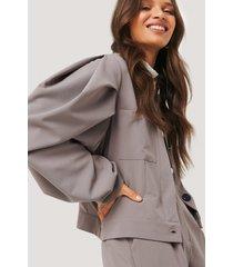 na-kd classic balloon sleeve short jacket - brown