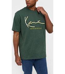 karl kani kk signature tee t-shirts & linnen grön/gul
