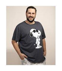 camiseta masculina plus size snoopy manga curta gola careca cinza mescla escuro