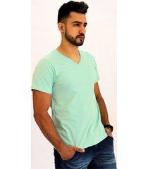 camiseta pau a pique masculina verde claro