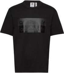 d grp tee 1 t-shirts short-sleeved svart adidas originals