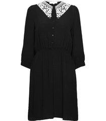srjudith dress knälång klänning svart soft rebels