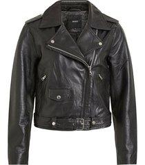 biker look leather jacket