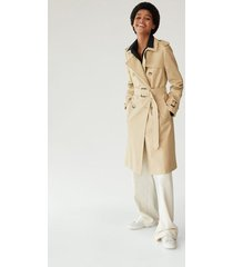 double-breasted trenchcoat