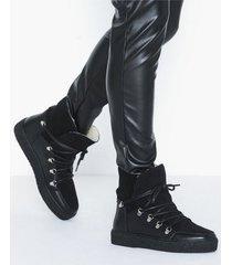 pavement lola wool flat boots