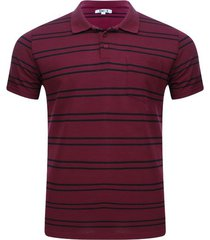 polo estampada color vino, talla s