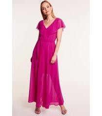 długa sukienka w kolorze fuksji