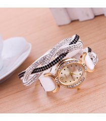 orologio a braccialetto ovale in velluto d'intreccio