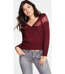 wełniany sweter z koronkowymi wstawkami