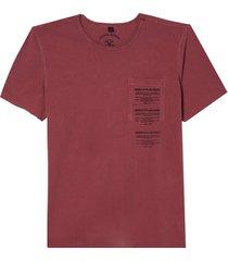 camiseta john john plain sight masculina (red dahlia, gg)