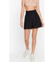 womens two sides to the story high-waisted ruched shorts - black