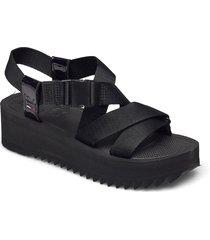 iridescent strappy sandal shoes summer shoes flat sandals svart tommy hilfiger