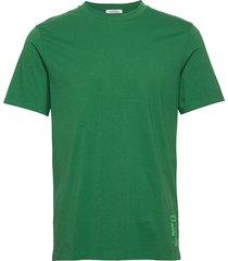 classic crewneck tee in organic cotton jersey t-shirts short-sleeved grön scotch & soda