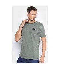 camiseta hang loose listrada masculina