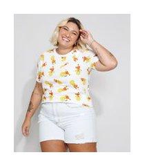 camiseta feminina plus size estampada lisa simpson manga curta decote redondo off white