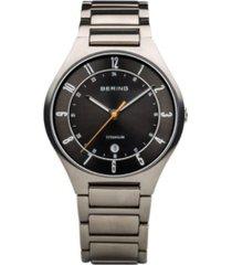 bering men's titanium case and multi link watch
