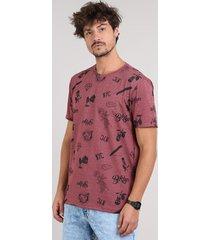 "camiseta masculina ""bklyn e nyc"" manga curta gola careca vinho"