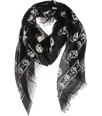 alexander mcqueen skull detail scarf