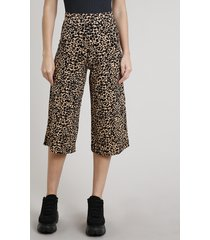 calça feminina pantacourt estampada animal print onça bege