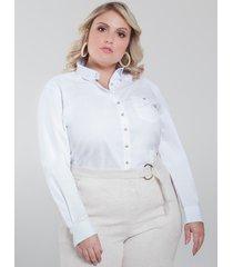 camisa plus size em oxford branco