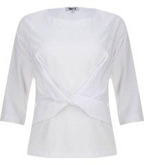 blusa anudada en frente color blanco, talla 6