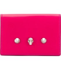 alexander mcqueen small skull and stud wallet - pink