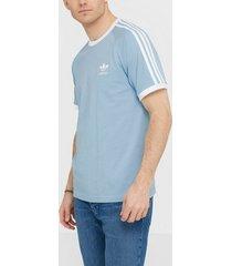 adidas originals 3-stripes tee t-shirts & linnen sky