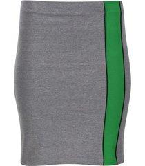 falda tubo con franja color gris, talla 10