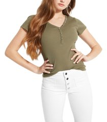 guess v-neck logo henley t-shirt