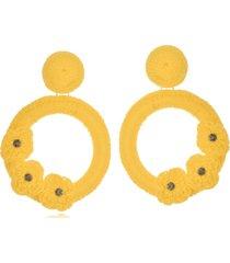 brinco le diamond liza crochê com 3 flores amarelo