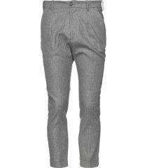 obvious basic pants