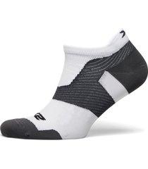 vectr ultralight no show sock ankelstrumpor korta strumpor vit 2xu
