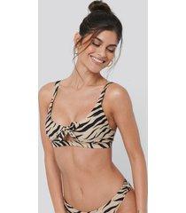 na-kd swimwear tied front bikini bra - multicolor