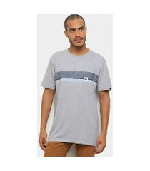 camiseta quiksilver chest all masculina