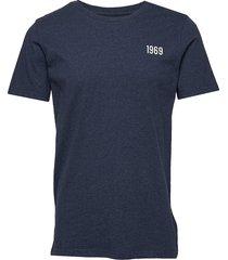 alder knowledge 1969 tee - gots/veg t-shirts short-sleeved blå knowledge cotton apparel